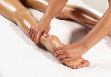 עיסוי מקצועילמשך 90 דקות מכפות הרגליים וקצות האצבעות&n...