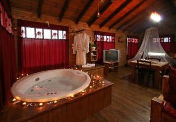 לילה חלומי בבקתות הרומנטיות שלצימר בית בכפר ברמת הגולן...
