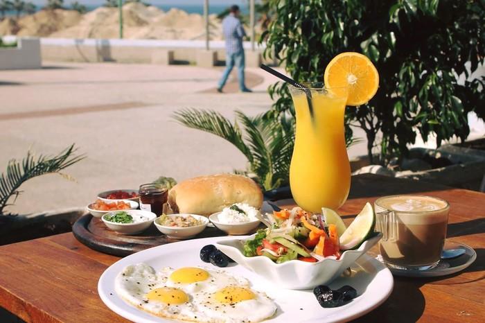 מסעדת אדמ'ס מזמינים אתכם לארוחת בוקר זוגית מול נוף מרהיב של ...